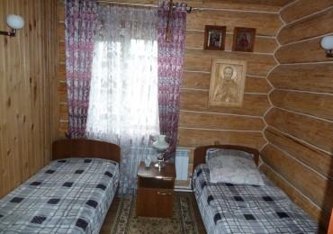 Дом охотника - спальня.