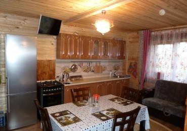 Дом семейный - кухня.